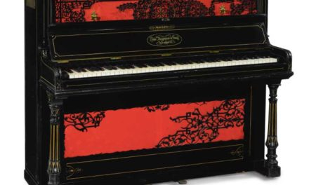 [L'OBJET DE LA SEMAINE]:  Sotheby's accorde ses enchères pour la vente du piano de John Lennon