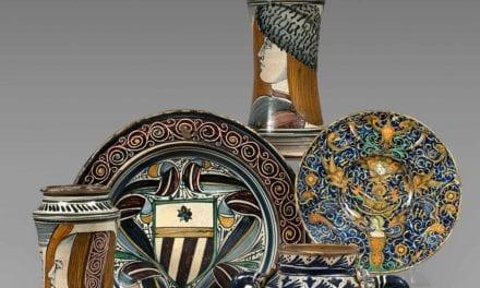 L'éclat de la faïence aux enchères :  la vente des majoliques de la collection Guerlain