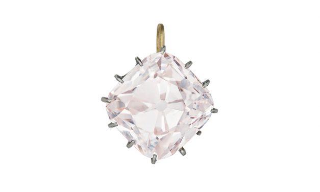 Le diamant de Mazarin sera-t-il le roi des enchères ?