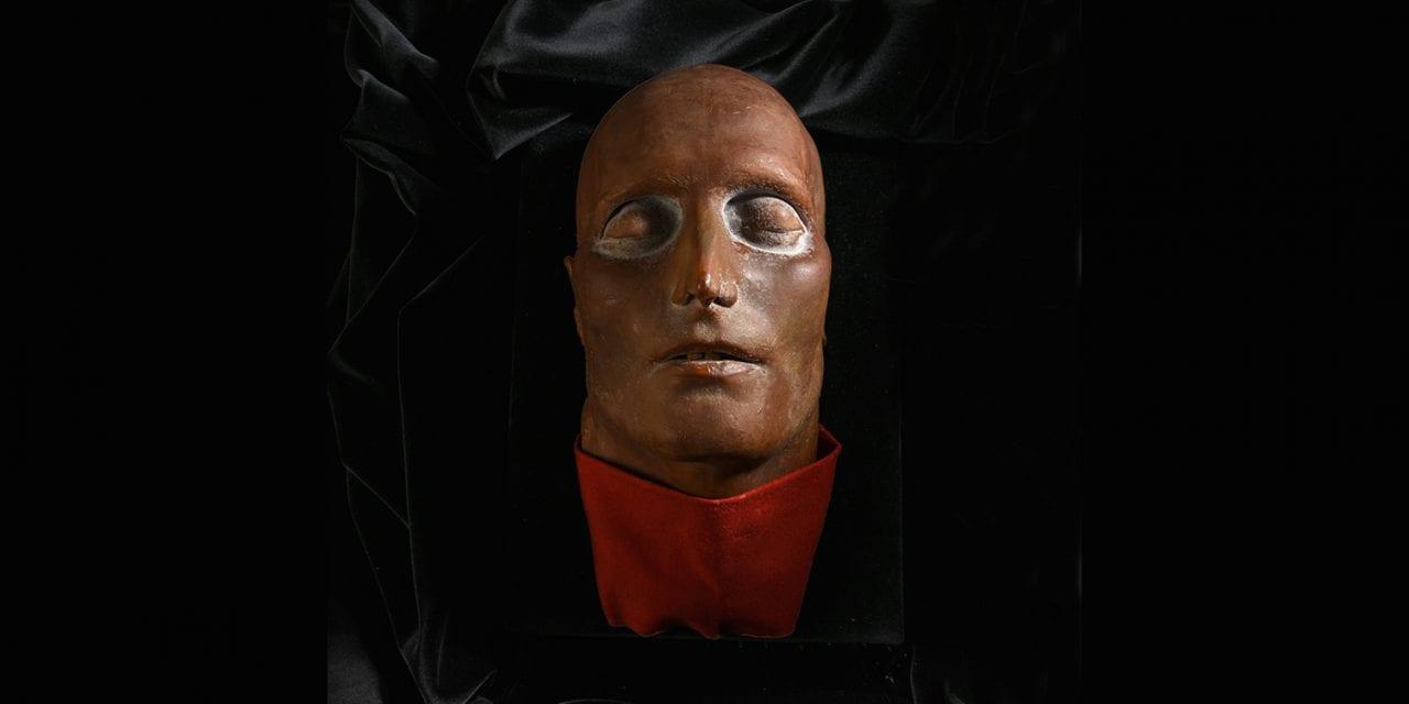 Des enchères légendaires : le masque mortuaire de Napoléon Ier