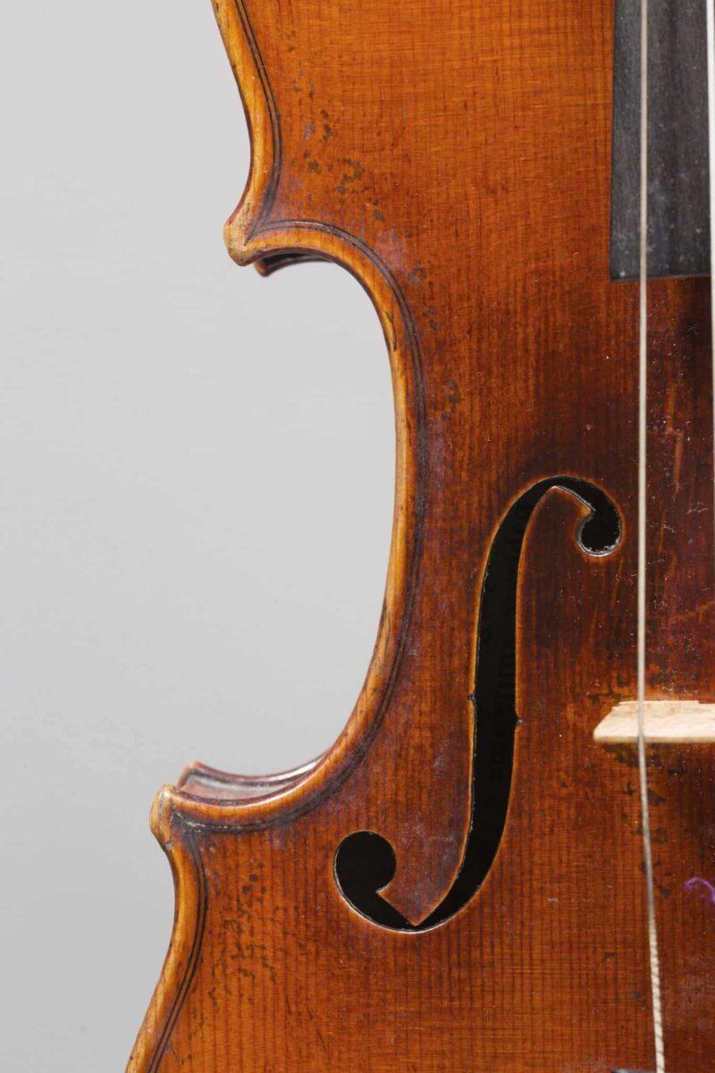 Violoncelle enchères Vuillaume
