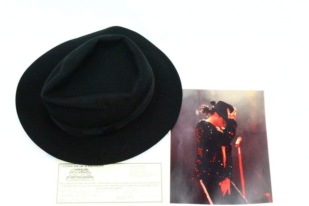 chapeau Fedora autographe de Mickael Jackson aux enchères