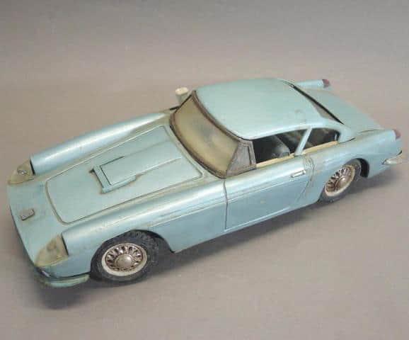 ferrari 250 GT california miniature pour Noël aux enchères