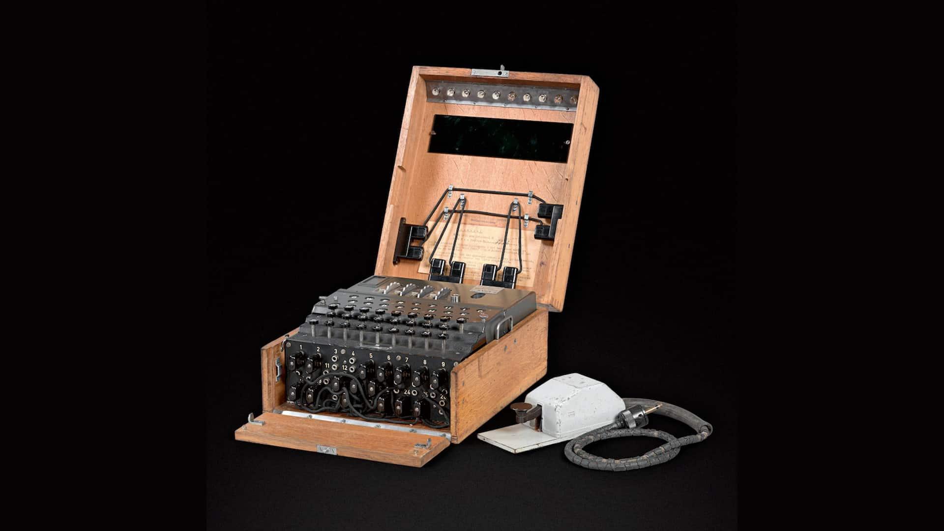 enigma machine de cryptique des nazis aux enchères