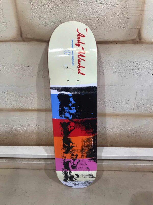 Andy Warhol - Skate board Collecto