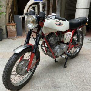 Moto Guzzi - Stornello 160 blanc
