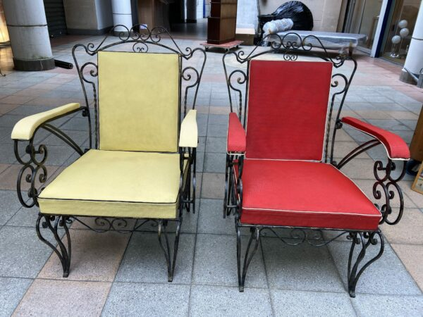Robert Merceris - Paire de fauteuils rouge et jaune