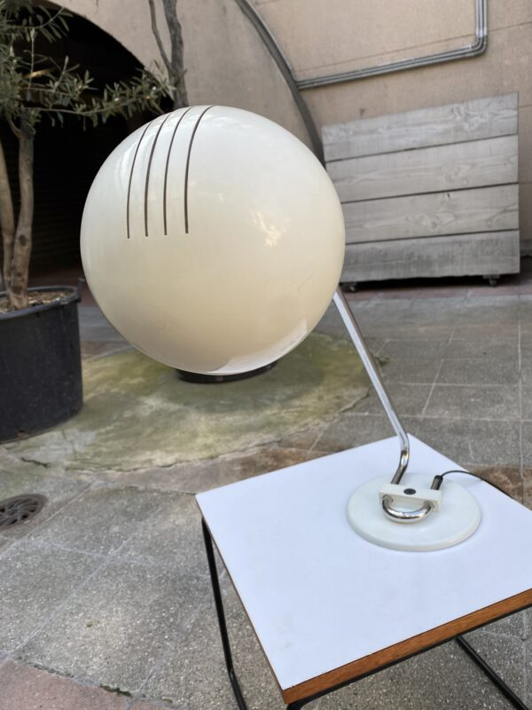 Joe Colombo - Lampe de Table blanche auctionlab 10
