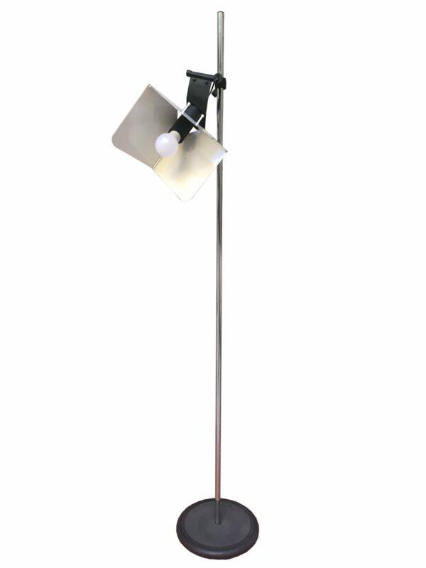"""Joe Colombo - Lampe de parquet """"Triedo"""""""