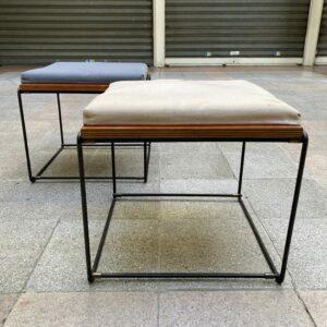 Pierre Guariche - Paire de Tables d'appoints / Tabourets