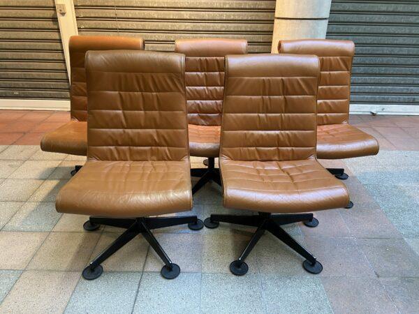 5 fauteuils marron