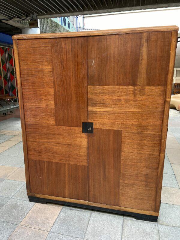 Le Corbusier - Armoire à vendre